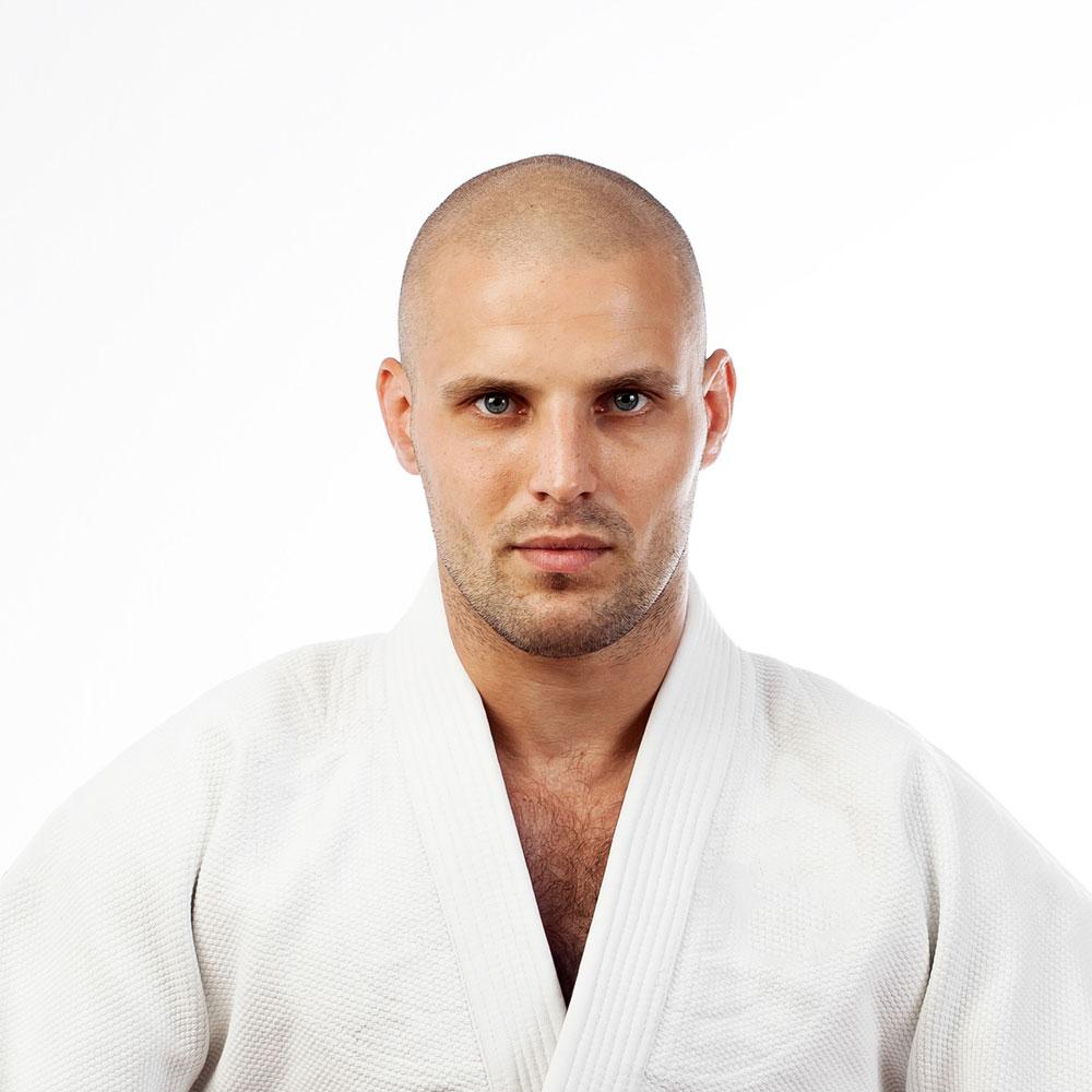 https://www.flyhighfitness.org/iw-teacher/aleksandre-brazilian-jiu-jitsu-coach/