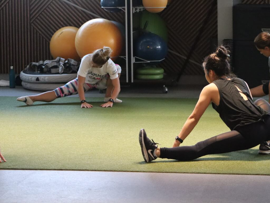 Glute and Abs, Glute and Abs in Dubai, Glute, Glute Classes, Glute, Glute Training, Glute Training Classes, Abs Classes, Abs Training, Abs Training Classes, Glute and Abs - Fly High Fitness